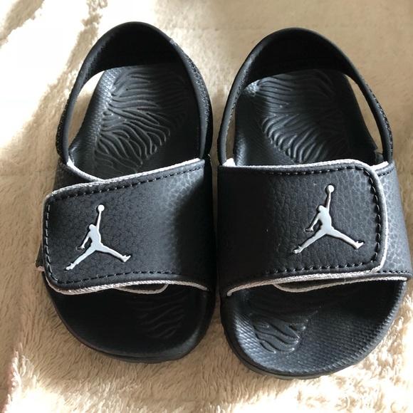 f7e32282d24b49 Nike Infant Jordan Slides. M 5ba6bbd16a0bb79448c68fe9